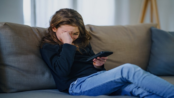content/en-global/images/repository/isc/2021/cyberbullying.jpg